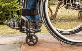 Personne en situation de handicap : les collectifs d'entraides en charge ?